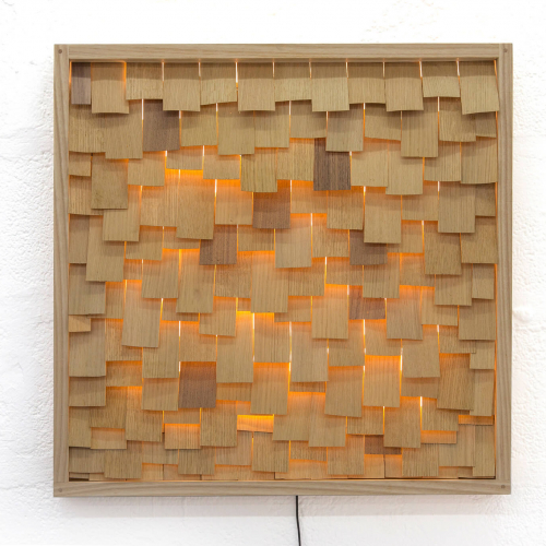 Product design of a wooden frame with wooden strips illuminated