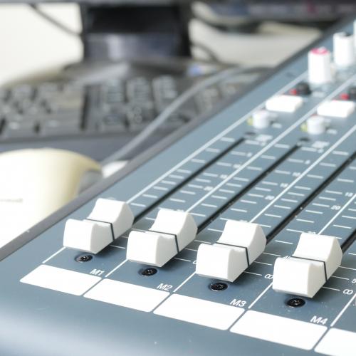 Square Surf Radio