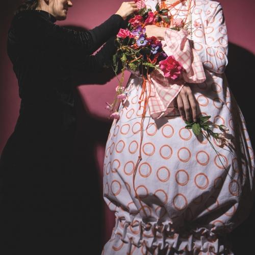 Fashion Designer Lara Pomeroy Styling On Set Fashion Design Acsophie Webster Fashion Photography