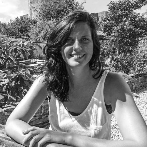Laura Hodsdon staff image